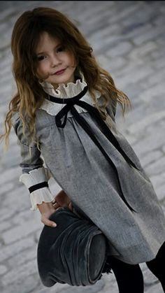 best Ideas for fashion kids girl dress beautiful Look Fashion, Fashion Kids, Cheap Fashion, Little Girl Dresses, Girls Dresses, Dresses Dresses, Look Girl, Girl Style, Little Fashionista
