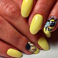 Cute yellow acrylic nails almond with bee and sunflower nails Niedliche gelbe Acrylnagelmandel mit Bienen- und Sonnenblumennägeln Almond Acrylic Nails, Acrylic Nail Art, Almond Nails, Acrylic Nail Designs, Yellow Nails Design, Yellow Nail Art, Silver Nail Designs, Cute Nail Art Designs, Bee Nails