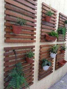 Best Indoor Garden Ideas for 2020 - Modern Pallet Garden Walls, Pallet Projects Diy Garden, Pallets Garden, Vertical Garden Design, Vertical Planter, Hanging Planters Outdoor, Outdoor Shelves, Pallet Shelves, House Plants Decor