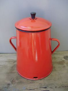 Large,Vintage red enamel pot,bowl,food container with lid,cookware,kitchenware