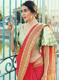 Wear these off-beat blouse designs with a designer saree for your BFF's wedding. We have picked 15 latest saree blouse designs that are ruling the fashion circles just for your Blouse Back Neck Designs, Fancy Blouse Designs, Sari Blouse Designs, Saree Jacket Designs Latest, Choli Designs, Lehenga Designs, Saree Blouse Models, Saree Dress, Saree Jackets