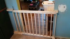 I built a sliding dog gate from scratch. - Imgur