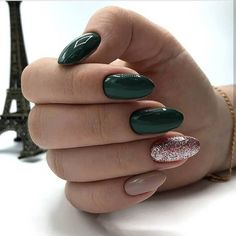 80 Pretty Natural Acrylic Oval Nails Design Ideas Page 65 of 88 Gold Nail Designs, Acrylic Nail Designs, Nails Design, Red Acrylic Nails, Gold Nails, Emerald Nails, Gold Glitter, Cute Nails, My Nails