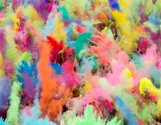 People throw coloured powder in the air during Holi festival celebrations in Berlin. Holi, also known as the festival of colours, is celebrated in India and other Hindu countries. In its original form Holi heralds the beginning of spring. The Berlin event brought Indian Djs, acrobatics and dance to the German capital.