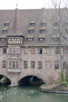 Heilig-Geist-Spital in #Nürnberg Lichtenstein, Places To See, Places Ive Been, Places Around The World, Around The Worlds, Danube River, Antalya, Austria, Castles