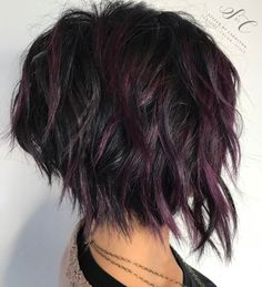 60 Short Shag Hairstyles That You Simply Can't Miss Black Shaggy Bob With Purple Balayage Short Choppy Haircuts, Short Shag Hairstyles, Cool Hairstyles, Hairstyles 2018, Short Shaggy Bob, Black Hairstyles, Choppy Short Hair Cuts, Haircut Short, Textured Hairstyles