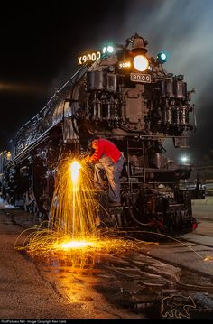 UP 9000 Union Pacific at Pomona, California by Ken Szok Old Trains, Vintage Trains, Union Pacific Railroad, Pennsylvania Railroad, Railroad Photography, Train Art, Train Pictures, Night Photos, Steam Engine