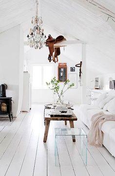 Wit laminaat. Bebo Parket #romantic #landelijk #laminaat