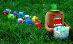 Domo Kun go to search eggs by LinikerCosta on Flickr