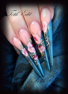 Nail art, blue nail, flower nail, stiletto nail