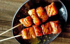 Heerlijke en gezonde Japanse Zalmspiesen met Teriyaki Saus! Wat een genot! Serveer het samen met mie en gewokte verse groenten.