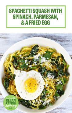 Spaghetti Squash with Spinach, Parmesan, and a Fried Egg 19 Insanely Delicious Healthy Dinners Under 500 Calories Dinners Under 500 Calories, 500 Calorie Meals, Veggie Recipes, Vegetarian Recipes, Healthy Recipes, Healthy Dinners, Detox Recipes, Dinner Recipes, Clean Eating Recipes