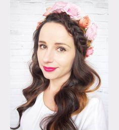 To już ostatnia #slubna I promise!  #WeddingHair #NIVEAhairChallenge #fryzuraslubna #wianek #kwiaty #kwiatywewlosach #selfie #hairselfie #me #ja #blogerka #blogowlosach #wlosomaniaczka #brunetka