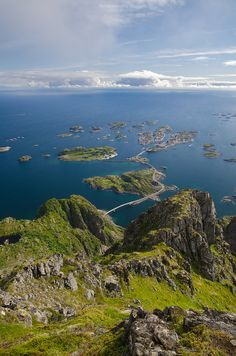 """Henningsvaer, Lofoten, Norway ... this is where I asked Bernadette to get my wife :-) and where our family was """"founded"""" 20. August 2004."""