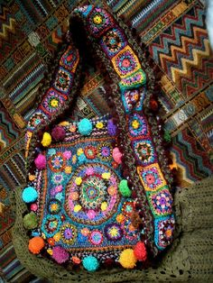 """New Cheap Bags. The location where building and construction meets style, beaded crochet is the act of using beads to decorate crocheted products. """"Crochet"""" is derived fro Bag Crochet, Freeform Crochet, Crochet Handbags, Crochet Purses, Love Crochet, Crochet Granny, Crochet Crafts, Crochet Projects, Hippie Crochet"""