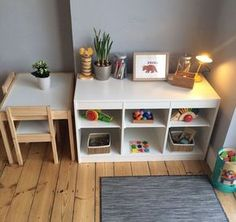 Smart Montessori Ideas For Baby Bedroom 03 Kids Corner, Home Corner, Montessori Playroom, Montessori Toddler Bedroom, Ikea Kids Playroom, Playroom Ideas, Toddler Play Rooms, Dining Room Playroom Combo, Children Playroom