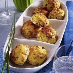 Kartoffelpüree-Bällchen mit Kochschinken, Emmentaler und Dijon-Senf Rezept | LECKER