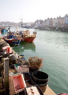 Fishing Boats - Weymouth Harbour by chris_l / dorsets.co.uk (Fishing boats and crab pots on Custom House Quay, Weymouth's historic harbourside.)