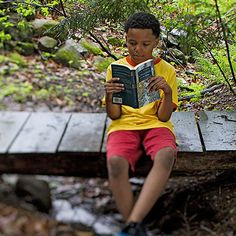 7 simple strategies to inspire your kids to be lifelong readers: http://www.parents.com/fun/activities/indoor/encourage-a-love-of-reading/?socsrc=pmmpin130614pttReadingLove
