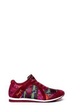Zapatillas deportivas de mujer Desigual modelo Lua.