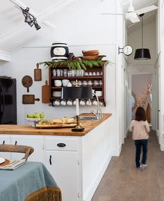 Best Holiday Homes: Festive Kitchen Island Ideas | House & Home