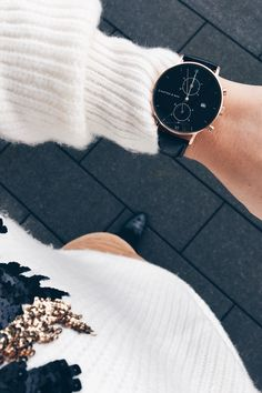watch for her and him | mens watches | affordable luxury | chronograph | high quality | from where I stand | topdown | Chrono All Black Croco by Kapten & Son