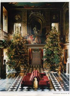 "Christmastime at Chatsworth House. brjudge: "" Chatsworth House is a stately home in North Derbyshire, England "" English Christmas, Noel Christmas, Winter Christmas, All Things Christmas, Xmas, Victorian Christmas, Christmas Lights, Casa Steampunk, Decoration Christmas"