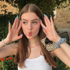 Girl Pictures, Girl Photos, Savage Girl, Beautiful Girl Makeup, Summer Outfits For Teens, Western Girl, Fake Girls, Photography Poses Women, Cute Girl Face