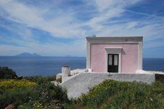 Una casa rosa sul mare, cosa volere di più?