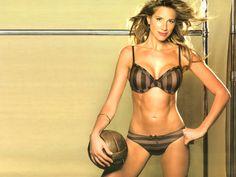 alina moine Gorgeous Lingerie, Nice Body, Messi, Bikinis, Swimwear, Bra, Beauty, Amazing Body, Fashion