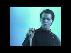 ▶ Tubeway Army - Are Friends Electric ? ( Very Rare Unbroadcast Complete Version 1979 ) - YouTube