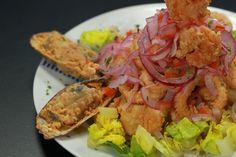 En los últimos cinco años, más de 20 restaurantes peruanos han florecido en la Isla. Uno de los más nuevos es PK2, ubicado en Santurce. Pero más que un restaurante de comida peruana, sus dueños señalan que se trata de un 'restobar'. ¡Lee la entrevista aquí!: http://www.sal.pr/restaurantes/sorpresasperuanas.html