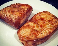 Trying this on my VACA:) Swordfish Steak, Swordfish Recipes, Steak Recipes, Seafood Recipes, Clean Eating Recipes, Cooking Recipes, Healthiest Seafood, Shrimp Dishes, Fish And Seafood