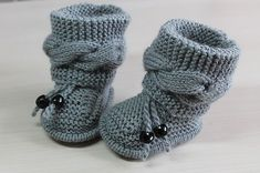 Free Knitting Pattern for Cable Baby Booties - Size: months. Knitting , Free Knitting Pattern for Cable Baby Booties - Size: months. Free Knitting Pattern for Cable Baby Booties - Size: months. Baby Booties Knitting Pattern, Aran Knitting Patterns, Crochet Baby Booties, Free Knitting, Baby Boy Knitting Patterns Free, Cable Knitting, Knit Baby Shoes, Baby Slippers, Russian Baby