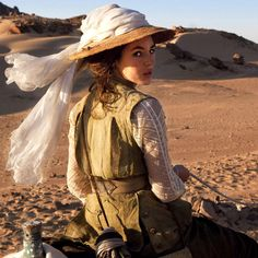 """film still of Louise Bourgoin in """"The Extraordinary Adventures of Adele Blanc-Sec"""" Safari Chic, Mode Safari, Adele, Safari Elegante, Aaliyah, Louise Bourgoin, Vintage Safari, Steampunk, French Movies"""