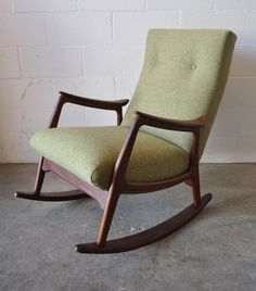 MID-CENTURY TEAK ROCKING CHAIR