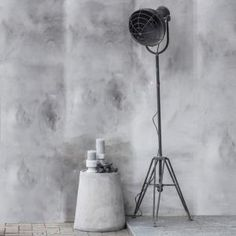 Staande Industriële lamp metaal 48x41x175cm - 8719097004212 - Avantius
