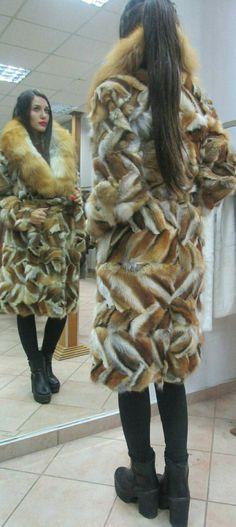 Short Fur Jackets, Wine Red Color, Cape Scarf, Winter Fur Coats, Private Property, Fox Fur Coat, Red Fox, Mink Fur, Greek