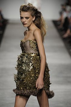 gold details - fashion