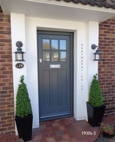 New Ideas for contemporary front door design ideas Cottage Front Doors, Victorian Front Doors, Front Door Porch, House Front Door, Front Door Planters, Cottage Door, Porch Uk, Georgian Doors, Oak Front Door