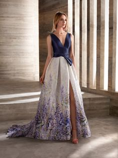 Dressy Dresses, Dress Outfits, Nice Dresses, Fashion Dresses, Prom Dresses, Beautiful Evening Gowns, Beautiful Dresses, Evening Dresses, Robes D'occasion