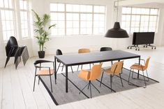 Bringing the best of Danish design to the commercial interiors market, we work closely with a carefully considered circle of talented designers & craftsmen. Nutella Cookies Easy, Meeting Table, Industrial Office, Commercial Interiors, Danish Design, Office Furniture, Denmark, Tables, Icons