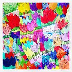 Ramos de tulipanes de papel que hicieron mis alumnos de 3ero de primaria para sus mamis 🌷💛