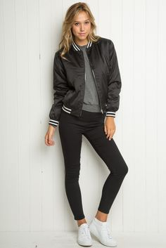 80 trend clothes back to school outfits ideas for teens 40 Casual Bomber Jacket Outfits for Winters 'Cause it's Back in Trend' School Fashion, Teen Fashion, Casual Fall Outfits, Cute Outfits, Casual Winter, Casual Wear, Winter Outfits, Long Bomber Jacket, Black Bomber Jacket Outfit