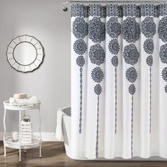 Stripe Medallion Shower Curtain Navy - Lush Decor Stripe Medallion shower curtain features a stunning cascade of alternating long and short medallion motifs printed on Microfiber. This shower curtain will instantly enhance the look of Modern Shower Curtains, Striped Shower Curtains, Rideaux Design, Shower Curtain Hooks, Decoration, Interior Design, Furniture, Home Decor, Relaxing Bathroom