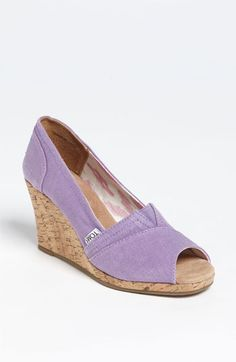 New Wedding Shoes Purple Wedge Nike Free 43 Ideas Cheap Toms Shoes, Toms Shoes Outlet, Purple Wedges, Purple Wedding Shoes, Toms Classic, Discount Toms, Boots Online, Womens Toms, Girls Shoes