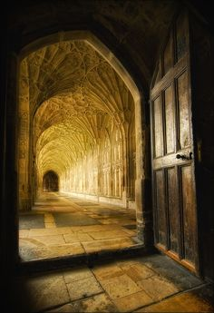 """Cloisters at Gloucester Cathedral, Gloucestershire, England by Gary Howells. Looks like halls of the Dwarves from """"Fellowship of the Rings"""" or some such Amazing Architecture, Architecture Details, Beautiful Buildings, Beautiful Places, Inside Castles, Gloucester Cathedral, Spooky Places, Cathedral Church, Kirchen"""