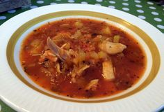 Kyllingsuppe med tomat og safran