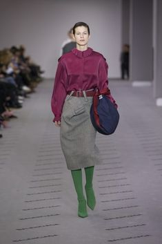 #Farbberatung #Stilberatung #Farbenreich mit www.farben-reich.com Fashion Trends Balenciaga