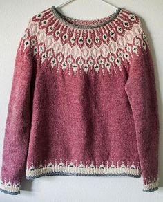 Knitting Patterns Ravelry Inspired by traditional Icelandic circular yoke sweaters, Telja is knit in the round from the bottom… Fair Isle Knitting Patterns, Fair Isle Pattern, Sweater Knitting Patterns, Knit Patterns, Knitting Sweaters, Stitch Patterns, Punto Fair Isle, Tejido Fair Isle, Fair Isle Pullover
